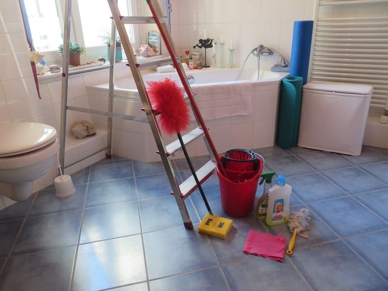 frühjahrsputz badezimmer vorbereitung